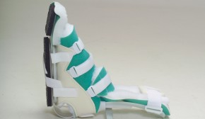 Pressure sore prevention & ankle contracture prevention splint